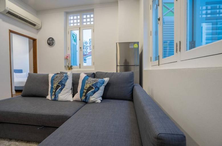 ClubHouse Residences Alder Suites 1BR Apartment, Singapore