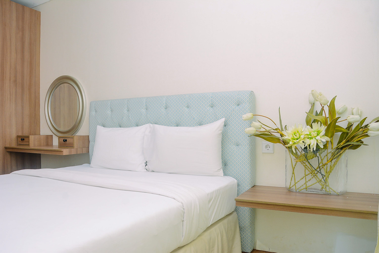Comfort 1BR Apartment Woodland Park Residence By Travelio, South Jakarta