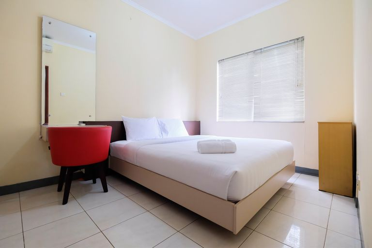 Cozy and Elegant 1BR Apartment Belmont Residence By Travelio, West Jakarta