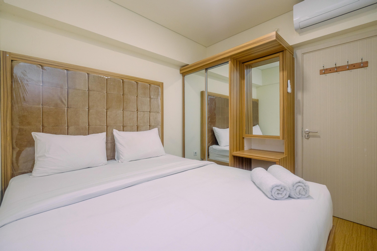 Modern Design 3BR at Meikarta Apartment By Travelio, Cikarang