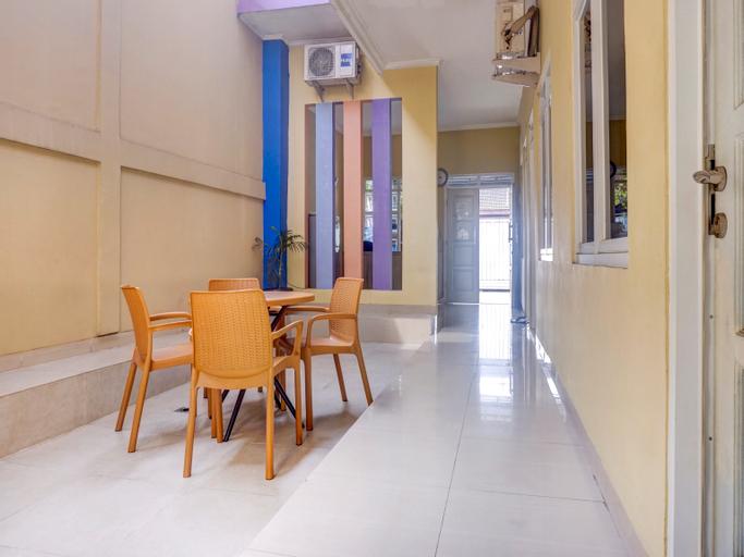 OYO 3964 Indah Residence Syariah, North Jakarta