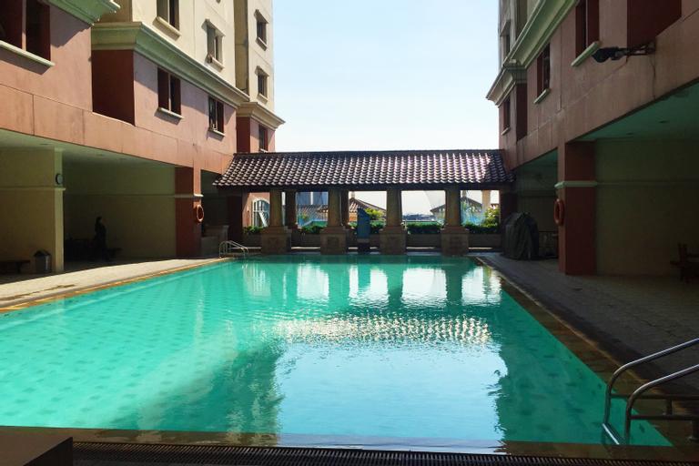 Relax and Cozy 1BR Mediterania Gajah Mada Apartment By Travelio, West Jakarta