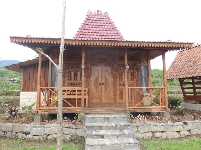 Singgasana Villa & Resto, Wonosobo