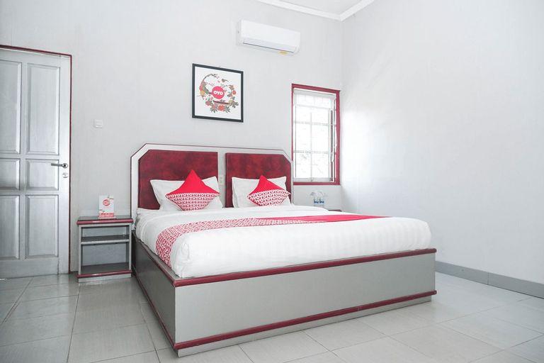 OYO 1284 Executive Residence, Semarang
