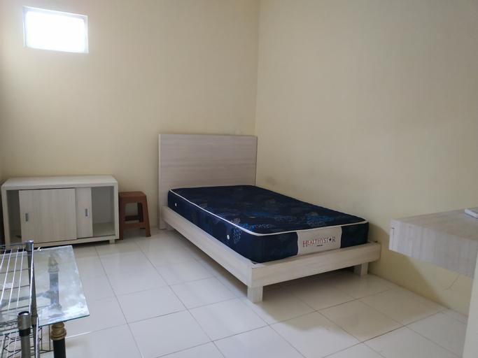 OYO 90315 Dominique Housing Syariah, Bogor