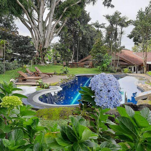 Homieztplace.via28 4BR for 10Pax, Bogor
