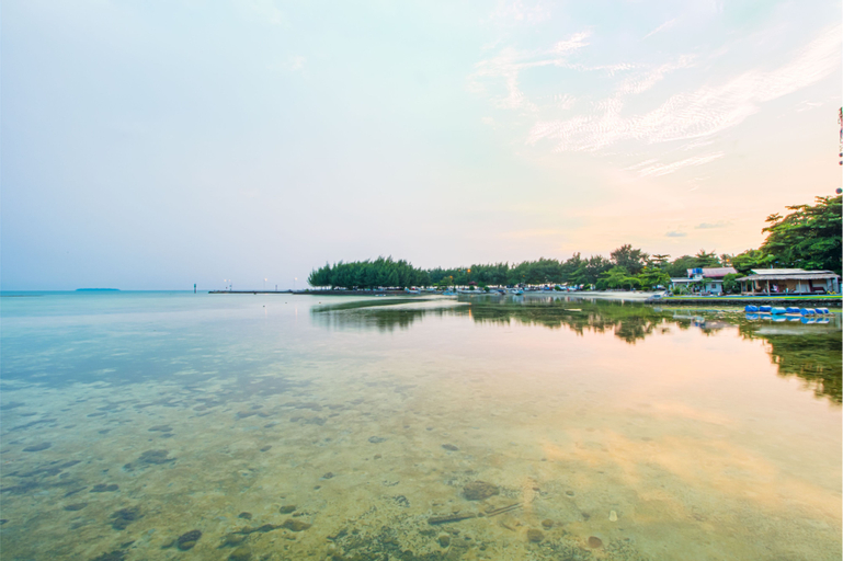 Guerilla Dive Lodge Pulau Pari, Thousand Islands