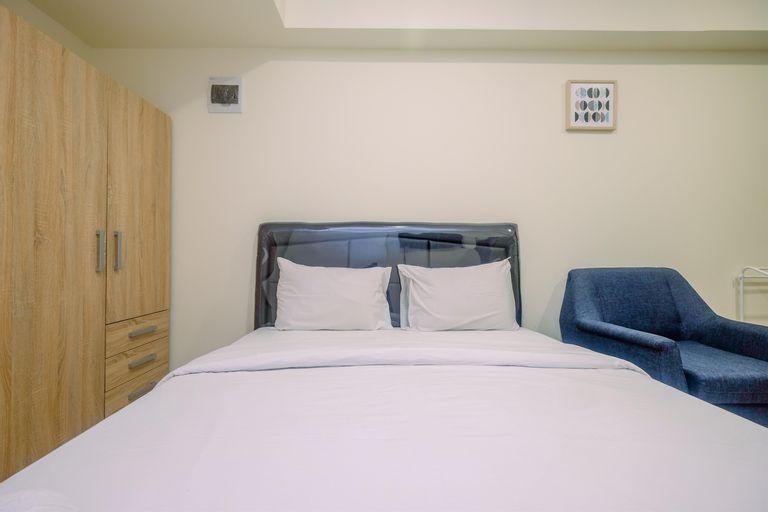 Comfort and Strategic Studio Meikarta Apartment By Travelio, Cikarang