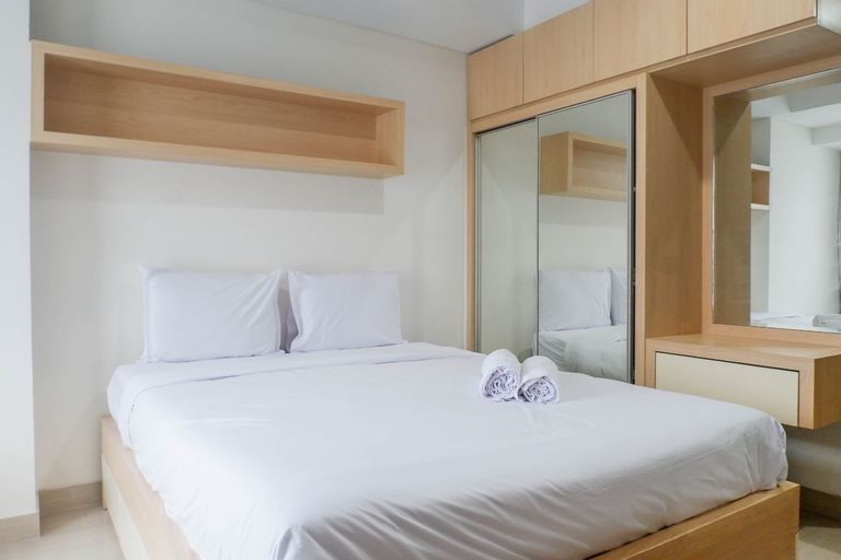 Spacious Studio Room Apartment at Grand Sungkono Lagoon By Travelio, Surabaya