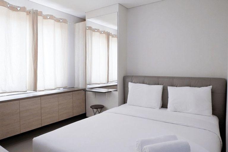 Close to Pool Studio Apartment Sky Terrace at Daan Mogot Baru By Travelio, West Jakarta