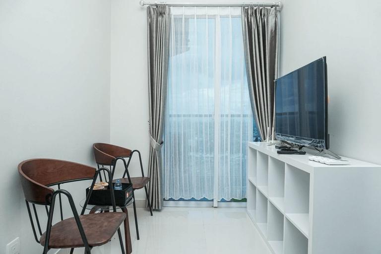 Spectacular 3BR Puri Mansion Apartment By Travelio, West Jakarta