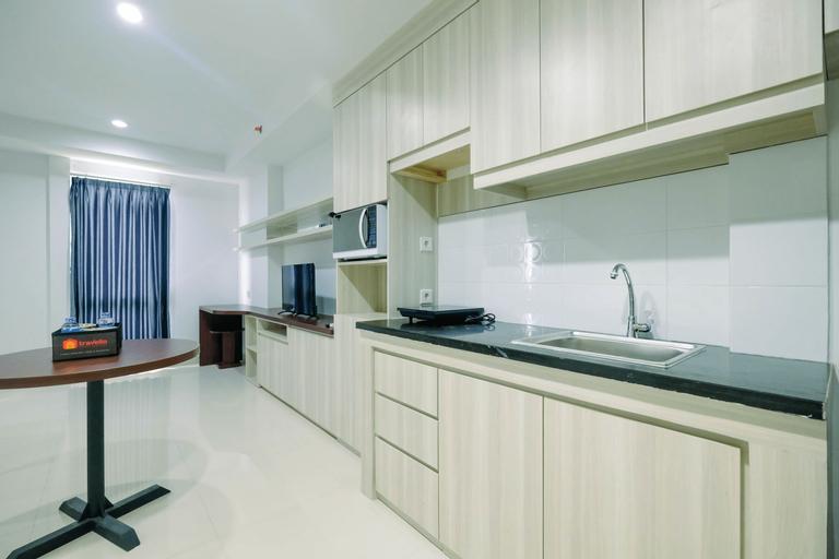 Modern Studio Apartment at Azalea Suites Cikarang By Travelio, Cikarang