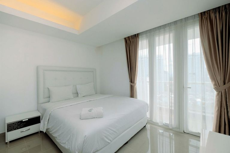 1BR Apartment with Golf View @ The Royale Springhill By Travelio, Jakarta Utara