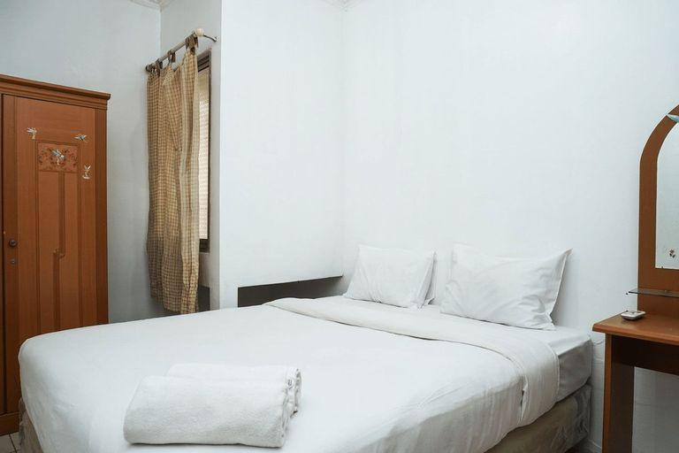 Affordable 1BR Mediterania Gajah Mada Apartment By Travelio, West Jakarta