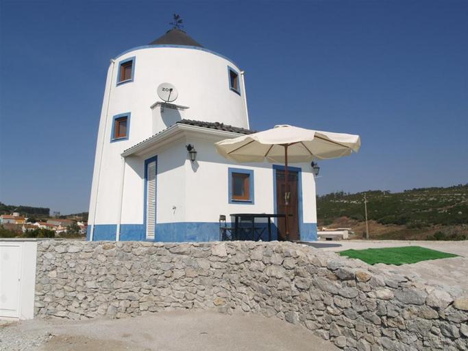 The Windhouse, Lourinhã
