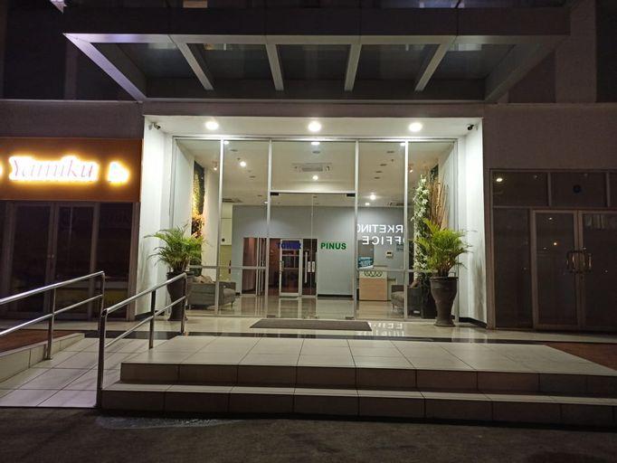 OYO 90241 Gunung Putri Square Apartment, Bogor