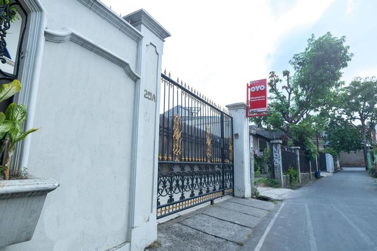 Oyo 1421 Kasmaran Guest House Syariah, Central Jakarta