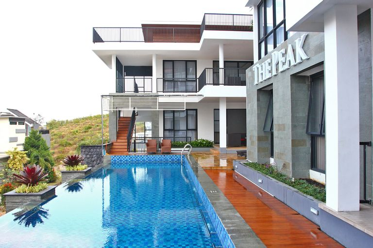 The Peak Villa A2 (4bedrooms), Malang