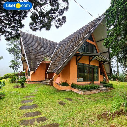 Argapuri Resort di Jungle, Ciwidey, Bandung
