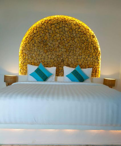 LOCCAL COLLECTION HOTEL, West Manggarai