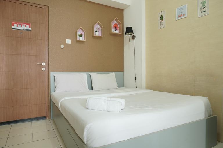 Comfort and Strategic Studio Apartment Margonda Residence 2 near UI By Travelio, Depok