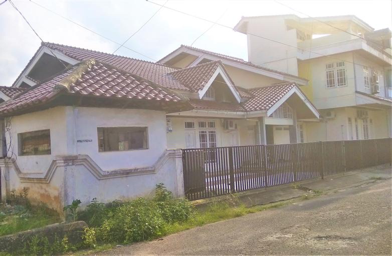 GUEST HOUSE F18 CENDRAWASIH, Palembang