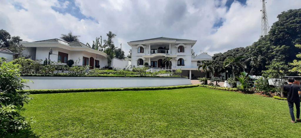 Villa Castle - Luxury Villa in Puncak, Bogor