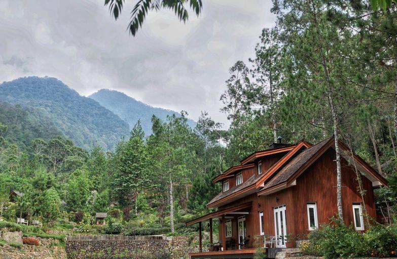 Mooi Lake House Luxury Villa, Bandung