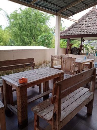 Rumah Anggrek (2 bedrooms Villa), Malang