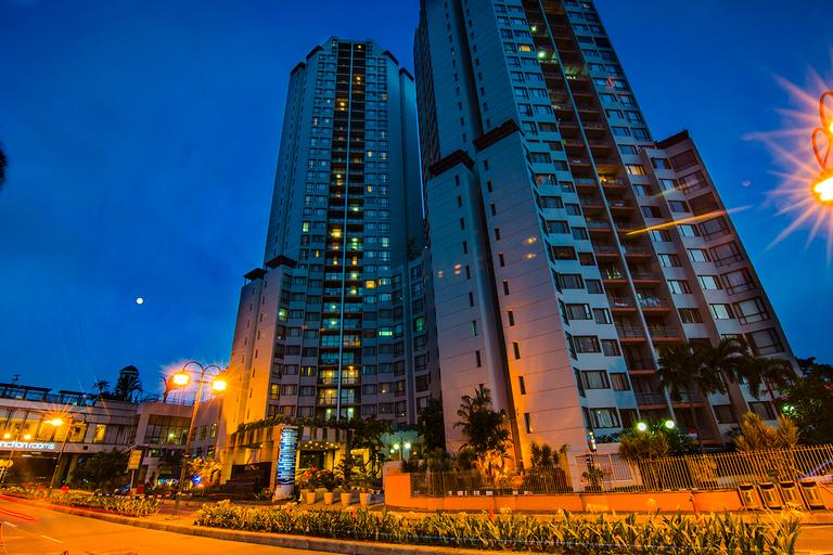 Horison Suites & Residences Rasuna Jakarta, South Jakarta