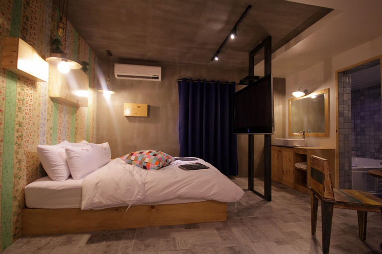 Hotel You I In, Yeonje