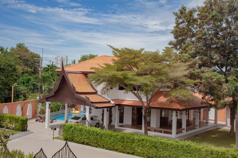 Pattaya vip pool village house P01, Bang Lamung