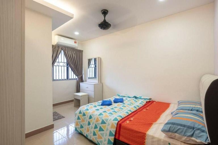 JOVIAL MODERN 2STOREY HOUSE 5 ROOM 10PAX@ICONCITY, Seberang Perai Tengah