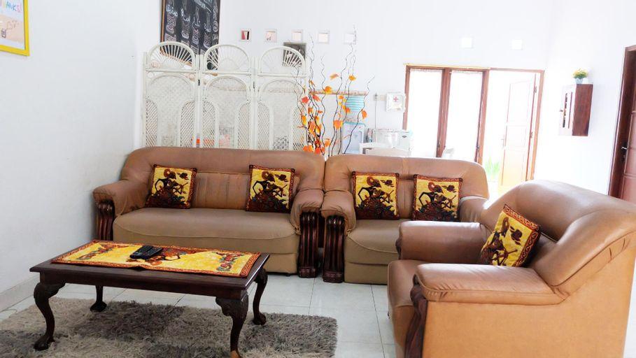 Villa 3 kamar full AC dekat Taman Pelangi, Sleman