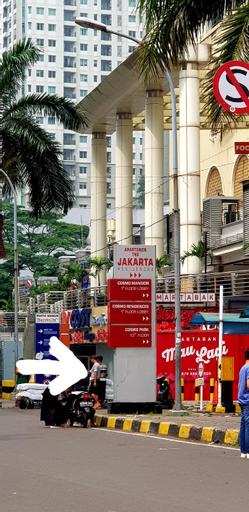 ZEAL HOME Modern Art Chic APT w CITY & LAKE VIEW, Central Jakarta