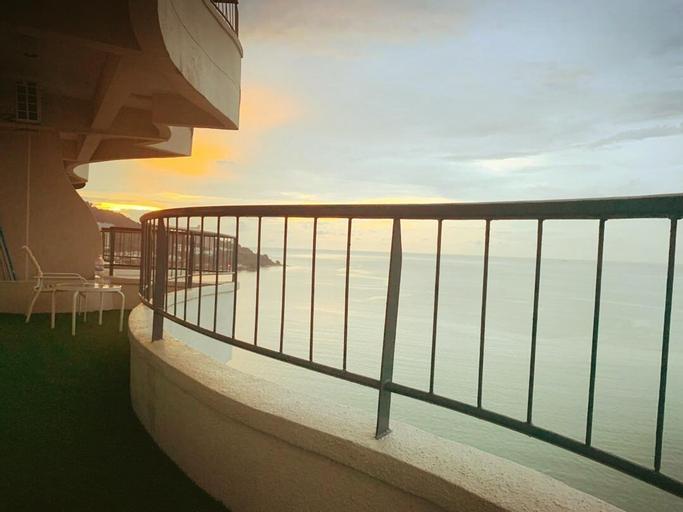 Family Suite @Beach Resort   La Classicco Suites  , Pulau Penang