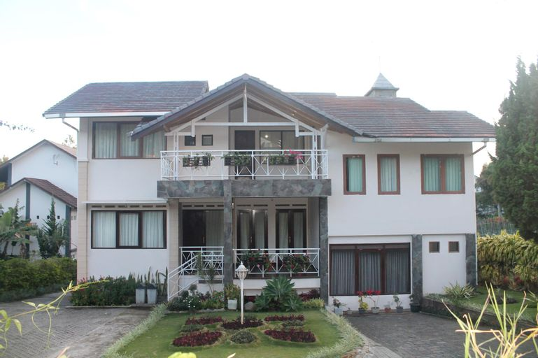 Villa Avarest, Bandung