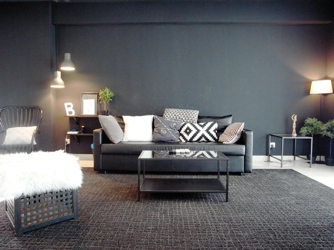 M23 Home Away - BLACK . WHITE Designer Space, Barat Daya