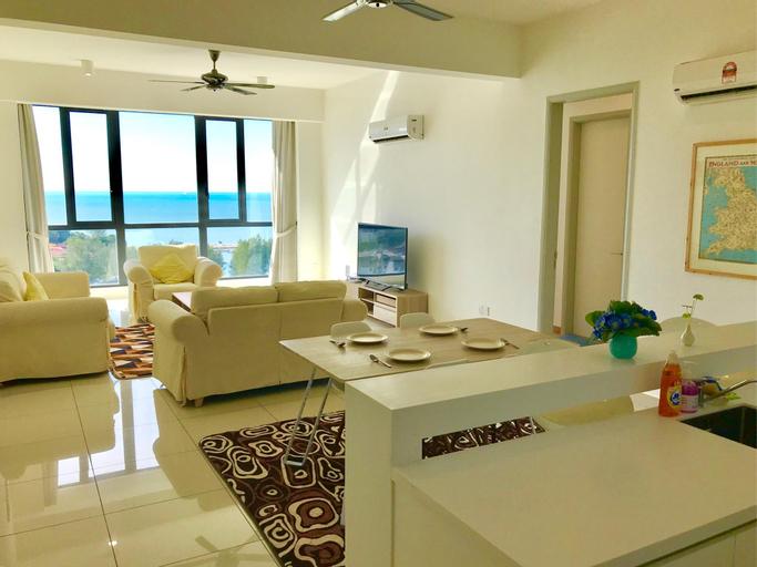 Seaview 2 Bedroom Luxury Suite w/ Bathtub for 6pax, Pulau Penang