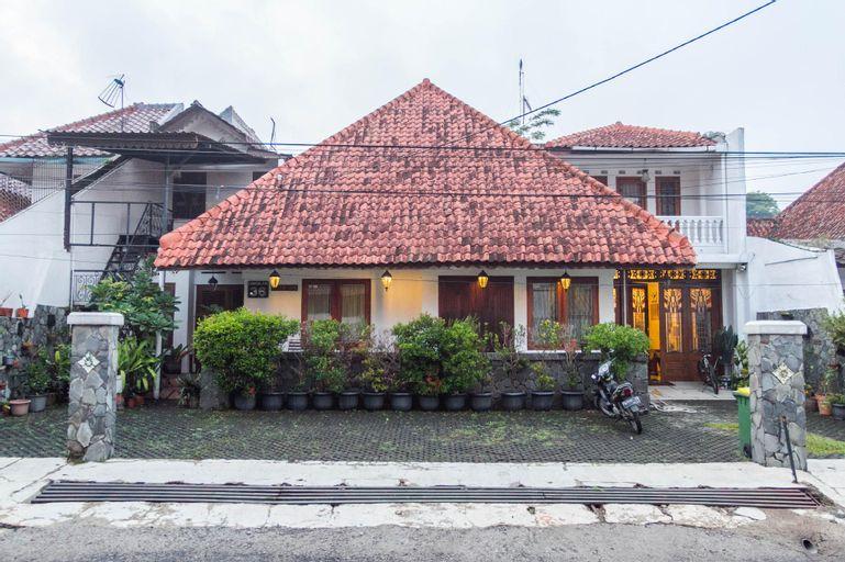 RedDoorz near Gasibu Bandung, Bandung