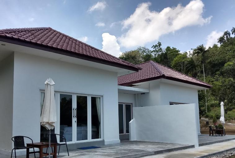 The Hawks Nest Resort Bungalow Beach Front, Sabang