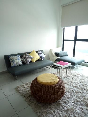 Schott Place@Conezion IOI Resort City Putrajaya, Kuala Lumpur
