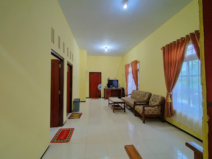 Budget Triple Room, Banyuwangi
