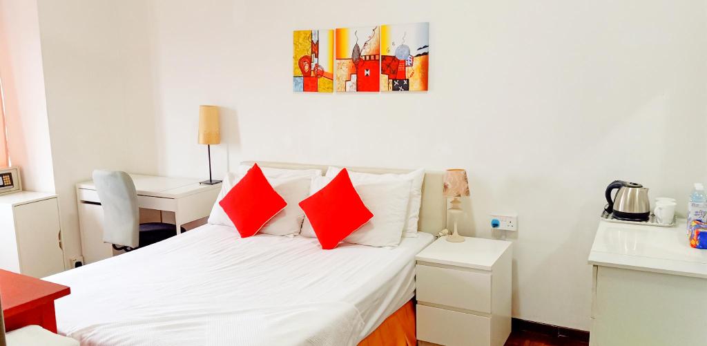 Calv's Suria Kipark Damansara 3R2B Apartment, Kuala Lumpur