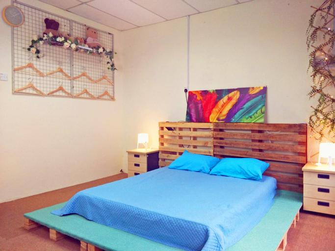 AB HOME [Bigger Suite] PERMAS JAYA #Shop Homestay, Johor Bahru