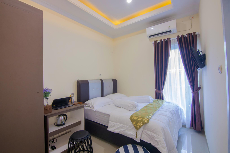 Clean Comfy Room 3 @ R & S Living (Muhrim Only), Pekanbaru