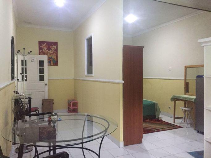Puri Senayan 21 Double Bed Room, South Jakarta