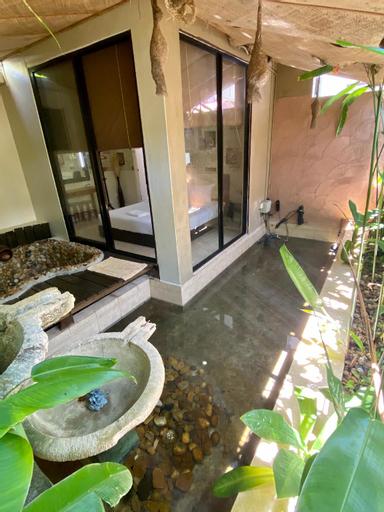 MONA LISA *Romantic External Bathtub* (ROOM ONLY), Pulau Penang