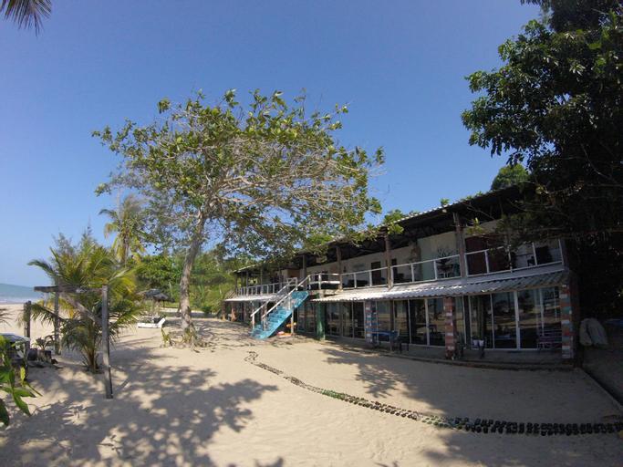 Naga Puri Beach Retreat, Kuala Penyu