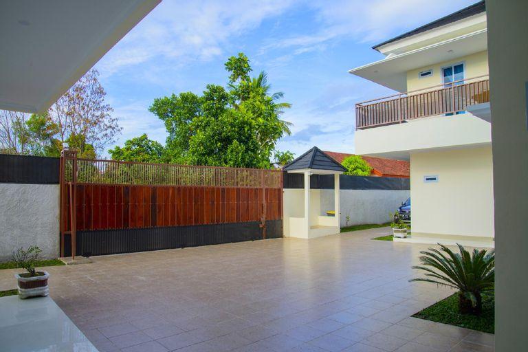 NEW! Fully Furnished 3 Star Room 3 (Muhrim Only), Pekanbaru